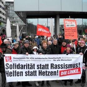 Demo in Stuttgart: Solidarität statt Hetze gegen Flüchtlinge
