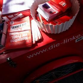 Unsere Roten Inforäder gehören in den nächsten Tagen vielerorts fest zum Straßenbild